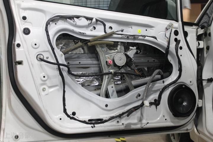 图解:本田思域汽车音响改装,升级摩雷汽车音