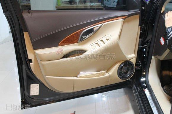 音色双绝的汽车音响改装效果,上海音豪技师精湛的倒模工艺,让这只至尊