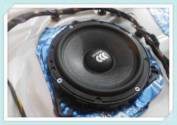 61  宝马x5音响改装,摩雷优特声三分频 mosconi高端组 61  宝马